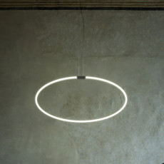 Antonangeli hängelampe Archetto Shaped-C2 LED RGB 50W L 80 cm